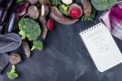 Kochen des biologischen Lebensmittels Stockfoto