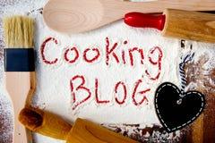 Kochen des Blogs mit Herztafel Lizenzfreie Stockbilder