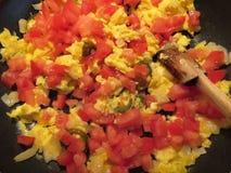 Kochen des mexikanischen Lebensmittels zum Frühstück lizenzfreie stockfotos