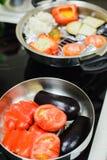 Kochen eines vegetarischen Abendessens Stockfotos