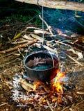 Kochen im Holz Lizenzfreie Stockbilder