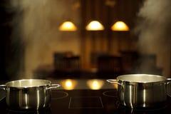 Kochen mit Potenziometern Lizenzfreie Stockfotografie