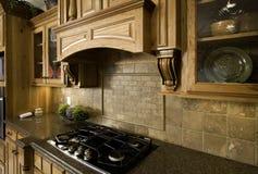 Kochen und Unterhaltung im Luxus Stockbilder
