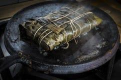 Kochen von Hallaca stockfotos