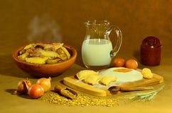 Kochen von Mehlklößen Lizenzfreie Stockfotografie