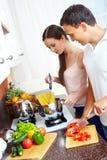 Kochen von Teigwaren Lizenzfreie Stockbilder