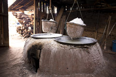 Kochendes Steinsalz in Thailand Lizenzfreies Stockfoto