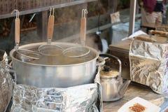 Kochendes Wasser bereit zur Nudel Lizenzfreies Stockbild