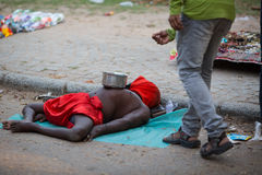 KOCHIN, INDE 24 FÉVRIER : Mendiant indien 24, 2013 dans Kochin, Ind Photo stock
