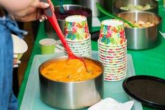 Kochkurs Schnell und leichte Art, Mahlzeiten vorzubereiten stockfotografie