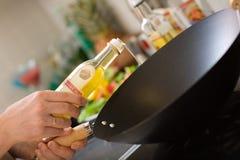 kockmatlagning fotografering för bildbyråer