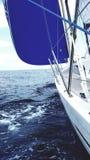 Kodieren Sie nullgenua-Art Segel auf Yacht Lizenzfreie Stockfotos