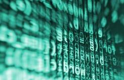 Kodierung des Programmierungsquellcodeschirmes Bunte abstrakte Datenanzeige Softwareentwicklernetz-Programmskript stockfoto