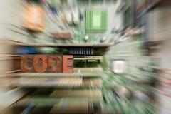 Kodifiera f?r att programmera f?r dator och framkallning fotografering för bildbyråer