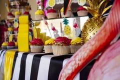 10 koek de Verjaardag van Victoriain Juli Stock Foto's