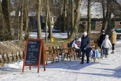 Koek en-zopie in den Niederlanden in Giethoorn Lizenzfreie Stockfotografie