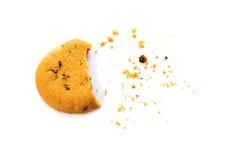 Koekje met crumbs luchtdiemening op wit wordt geïsoleerd Royalty-vrije Stock Fotografie