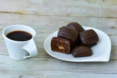 Koekjes en koffie stock afbeeldingen
