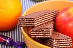 Koekjes, fruit en suikergoed. Royalty-vrije Stock Foto's