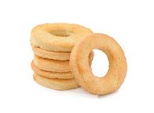 Koekjes met suiker op wit Stock Afbeeldingen