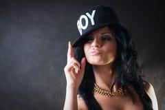 Koel brunette in GLB. Swagmeisje Royalty-vrije Stock Foto's