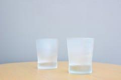 Koel Glas op lijst 2 Royalty-vrije Stock Afbeelding