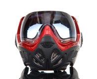 Koel paintball masker op glasoppervlakte Stock Foto