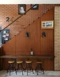 koele hoek in koffiecafetaria stock foto's