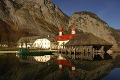 Koenigsee Meer ontsproten Berchtesgaden, Beieren Stock Afbeeldingen