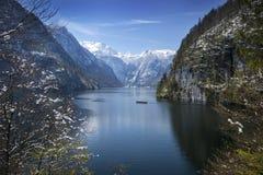 Koenigssee en avril, la Bavière, Allemagne photo stock