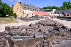 KOENIGSTEIN, ALEMANIA - MAYO DE 2017: Alemania Suiza sajona bron imagen de archivo libre de regalías