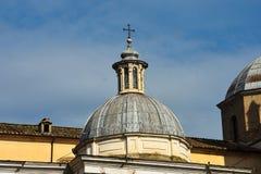 Koepel bij Piazza del Popolo Stock Afbeeldingen