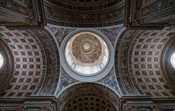 Koepel van de basiliek van Heilige Andrew in Mantua, Italië Royalty-vrije Stock Foto's