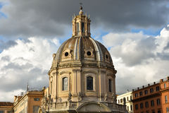 Koepel van de Kerk van de Heiligste Naam van Mary bij het Trajan-Forum Royalty-vrije Stock Foto