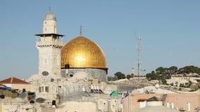 Koepel van de Rots en de Westelijke Muur in Jeruzalem stock videobeelden