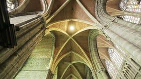 Koepel van middeleeuwse kathedraal stock footage