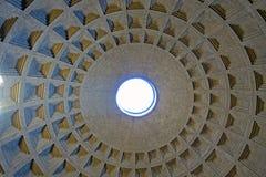 Koepel van Pantheon Rome stock foto
