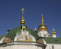 Koepels en kruisen pravoslanoy kerk in de Oekraïne Royalty-vrije Stock Afbeelding