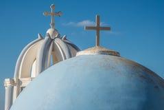 Koepels van Griekse Orthodoxe kerken Royalty-vrije Stock Afbeeldingen
