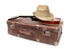 Koffer en oude mandoline vijf Stock Fotografie