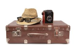 Koffer und Retro- Kamera einer Lizenzfreies Stockbild