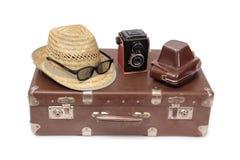 Koffer und Retro- Kamera zwei Lizenzfreies Stockbild