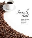 Koffie beweging veroorzakend op witte achtergrond Stock Fotografie