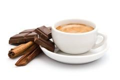 Koffie, chocolade en kaneel Stock Foto's