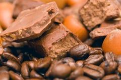 Koffie, chocolade en noten Stock Foto's