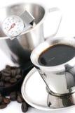 Koffie die hulpmiddelen maakt Royalty-vrije Stock Fotografie