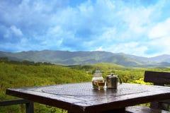 Koffie en bergen Royalty-vrije Stock Afbeeldingen