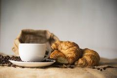 Koffie en broden Royalty-vrije Stock Afbeeldingen