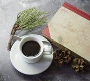 Koffie en cakes stock afbeelding