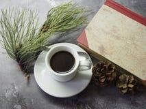 Koffie en cakes stock foto